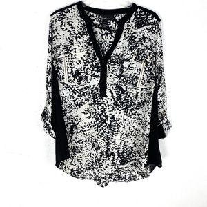 Lane Bryant 3/4 tab sleeve blouse top V-neck